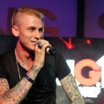 Looks like MGK isn't all that concerned about Em's diss.https://www.hotnewhiphop.com/machine-gun-kelly-pops-bottle-in-response-to-eminems-kamikaze-diss-news.58715.html